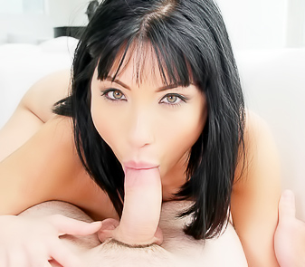 Brunette Rina Ellis Blowing And Fucking Her Man