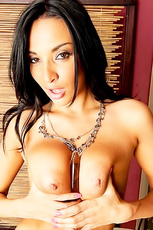 big boobs goddess Anissa Kate jams pussy with glass toy