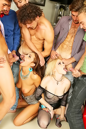 Dominica Phoenix And Rossella Visconti Threesome