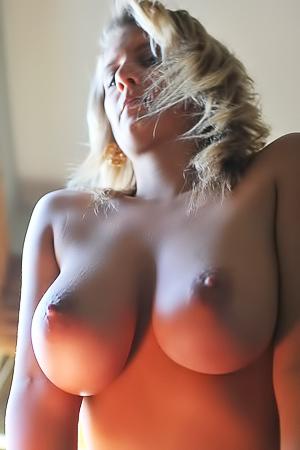 Hot Busty Babe Jenny McClean