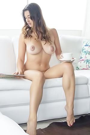 Scarlett Morgan via Nude-Muse