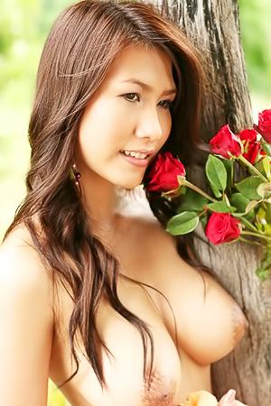 Busty Thai Rose Lydia Nitta Outdoor Strip