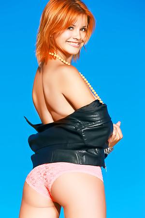 Redhead Beuty Violla A