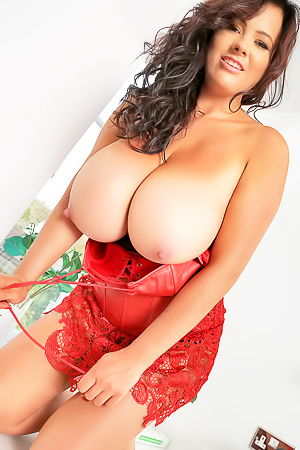 Rachel Aldana Big Tittys Show