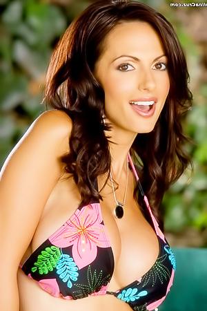 Catalina Cruz Flowery Bikini