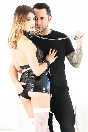 Good girl Kristen Scott patiently waited for mother to leave, so that she could put on a kinky goth outfit