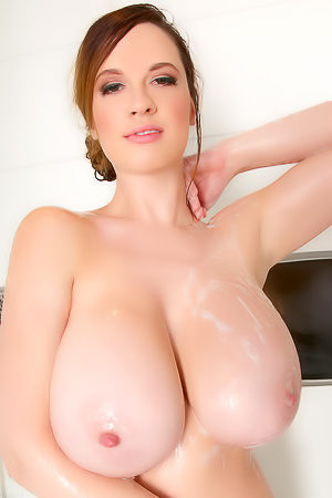 It's time to get sticky in the shower with Lana Kendrick. She pours her special soap all over her body and gets close to the cam