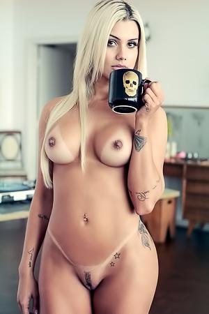 DJ Janaina Santucci Exposes Her Ass And Boobs