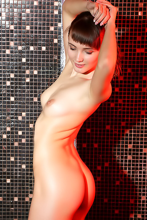 Nude Teen Aria Bella Takes A Shower