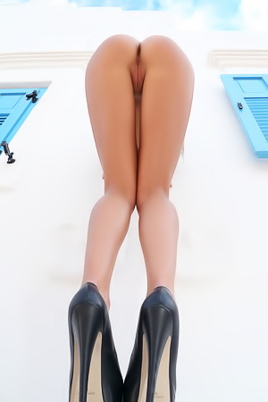 Maria Ryabushkina Extreme High Heels